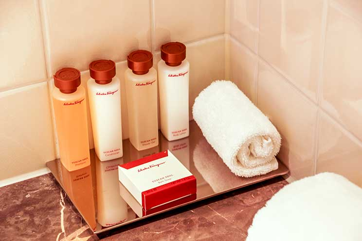 Amenities Salvatore Ferragamo, Waldorf Astoria Amsterdam